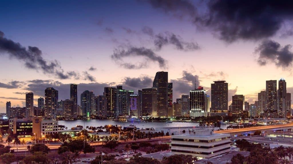 מיאמי בשקיעה